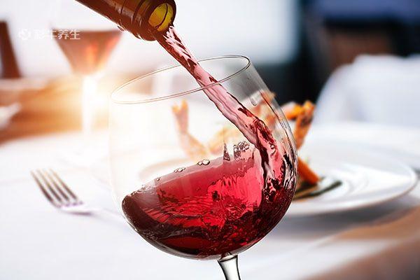 每天睡前喝点红酒,身体会发生这6个变化,受益颇多!插图(2)