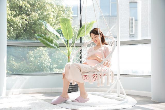 摄图网_501351174_居家孕妇(企业商用).jpg