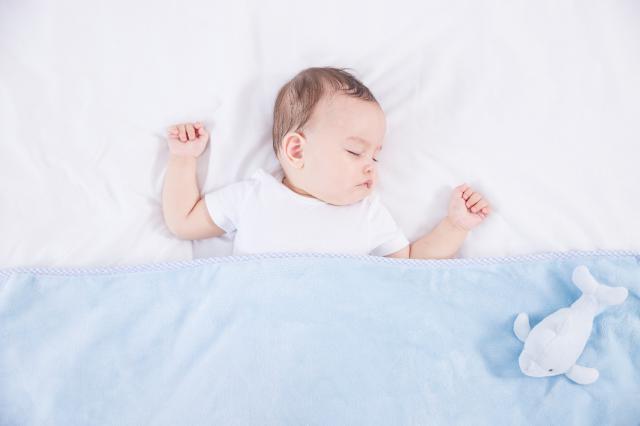 摄图网_501346782_外国婴儿睡觉(企业商用).jpg