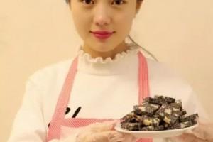 纯手工阿胶糕一个女人长期食用,补气又养颜,居然变得