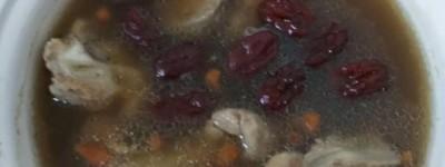 给大家分享一下阿胶炖鸡的做法~教你轻松做一个靓汤