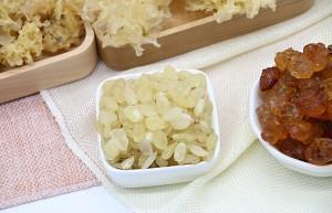 桃胶雪燕皂角米的功效与作用禁忌