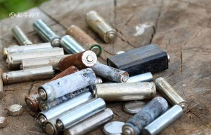 废电池乱丢对人体可能造成什么中毒