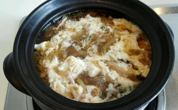 阿胶食谱五:阿胶鸡蛋汤