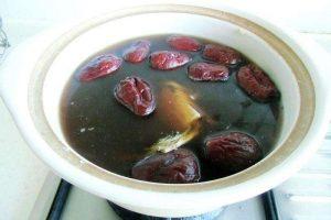 搭配宜忌-补血养血食疗方-胶芪枣汤图片